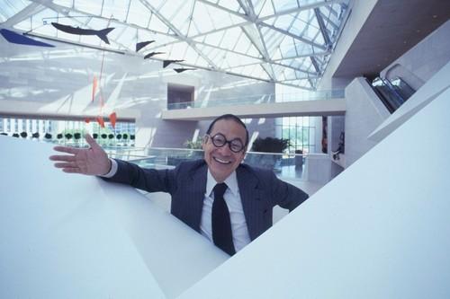 Muere Ieoh Ming Pei, el arquitecto que diseñó la pirámide del Louvre
