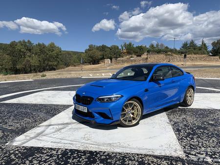 Probamos el BMW M2 CS: con 450 CV y una puesta a punto deliciosa, esto huele a despedida