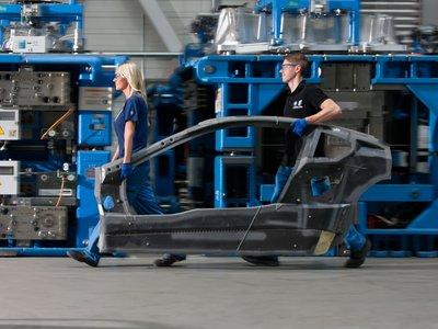 BMW va a limitar el uso de la fibra de carbono por sus elevados costes