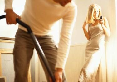 España, a la cola de Europa en reparto equitativo de las tareas domésticas