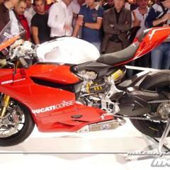 Foto 3 de 14 de la galería disenando-la-ducati-1199-panigale-en-vivo-en-el-eicma en Motorpasion Moto