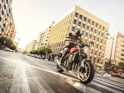 ¿Preparado para babear? Aquí tienes a la preciosa Kawasaki Z900RS en dos vídeos y más de 80 fotos