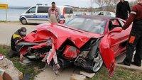 Dolorpasión™: Un Ferrari F355 GTS empotrado en Croacia