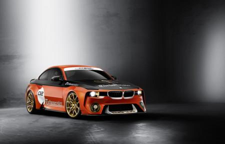 """Con estos colores, el BMW 2002 Hommage Concept """"Turbomeister"""" te parecerá todavía más cool"""