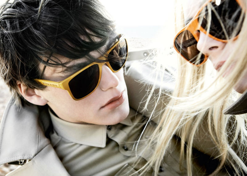 Foto de Gafas de sol de Burberry Prorsum para esta Primavera-Verano 2011 (3/5)