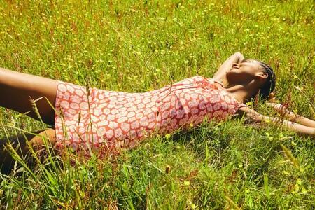 Según Pull & Bear, la llegada del verano se acompaña de looks frescos y divertidos