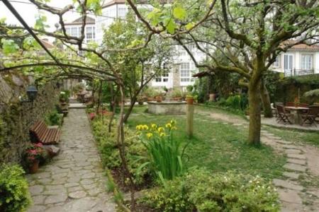hotel-costa-vella-jardin-2.jpg