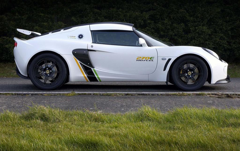 Foto de Lotus Exige 270E Tri-Fuel (2/5)