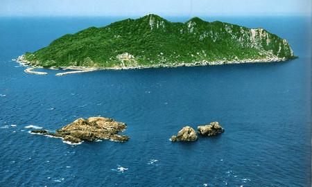 Isla japonesa que prohíbe la entrada de mujeres, es declarada patrimonio de la humanidad