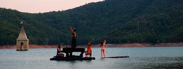 Así se ha convertido un concierto de música clásica sobre el agua en el planazo del verano en España
