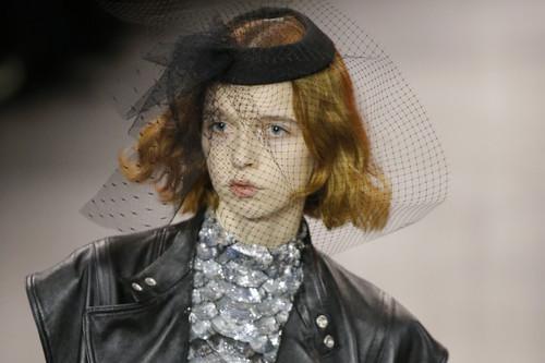 Así es como el nuevo Celine, o Hedi Slimane, ha influido a diseñadores españoles a pesar de la polémica