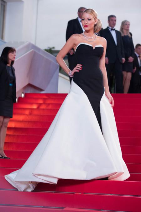 Festival de cine de Cannes 2014 alfombra roja Captives Blake Lively vestido de Gucci Première Ryan Reynolds