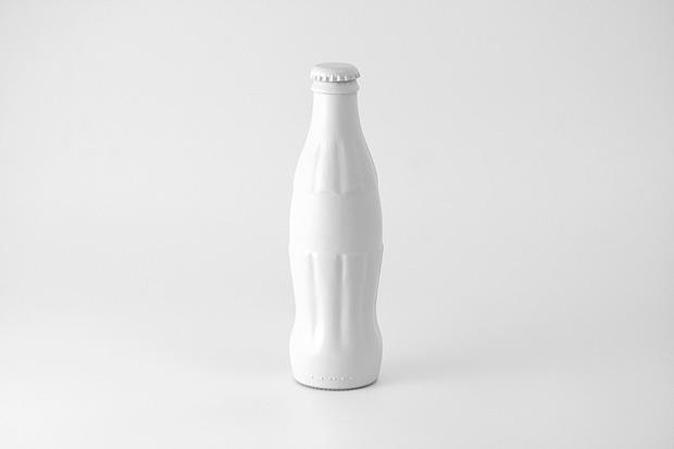 Foto de Brand Spirit, objetos cotidianos pintados de blanco (5/7)