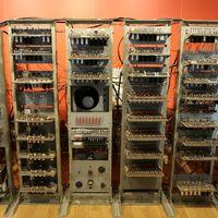 Así es como hace 70 años el 'Manchester Baby' ejecutó el primer programa almacenado en memoria