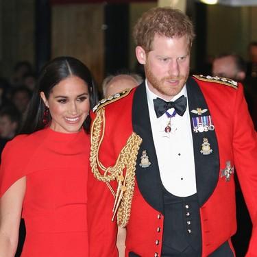 Meghan Markle elige un espectacular vestido rojo para su último compromiso real