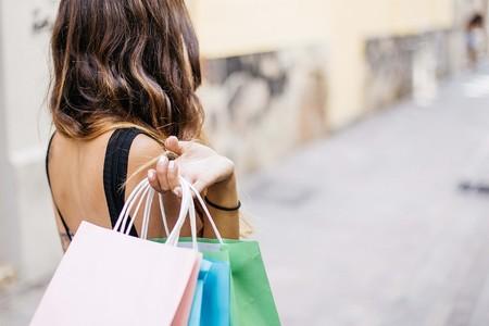 37 chollos que podemos encontrar en Sephora estas rebajas (y ahorrarnos unos cuantos euros)