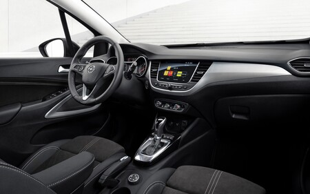 Opel Crossland 2021 Interior