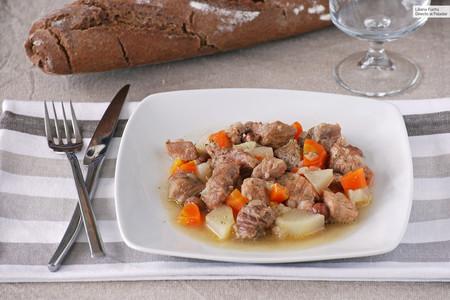 Receta de estofado de cerdo al ron con verduras