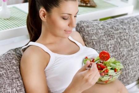 Nutrición durante el embarazo: alimentos ricos en ácido fólico