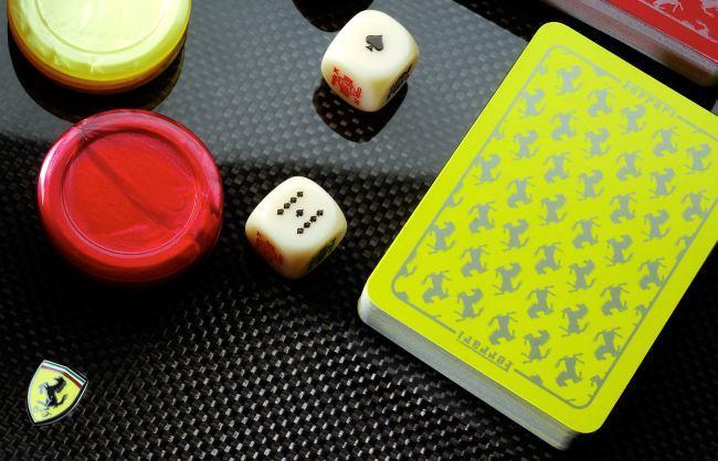 Set de Poker Ferrari detalle