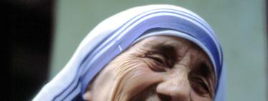 """""""No es ninguna santa"""": Teresa de Calcuta, explicada según sus apasionados detractores"""