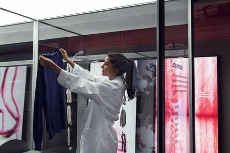 De viejo a nuevo en solo unas horas: H&M se sitúa a la vanguardia del reciclaje de ropa con su sistema revolucionario Looop