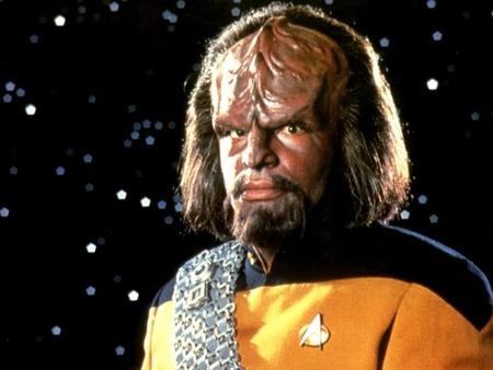 Michael Dorn en el papel de Worf