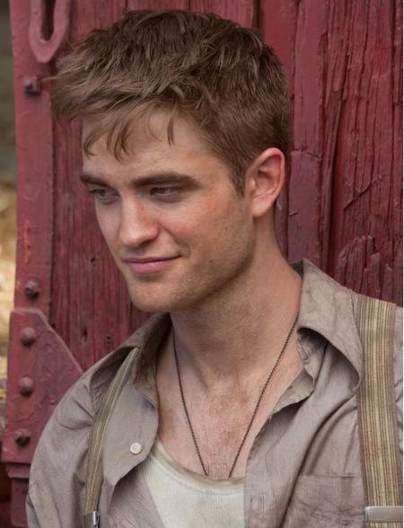 Robert Pattinson hace las maletas: de perdón, entre poco y nada