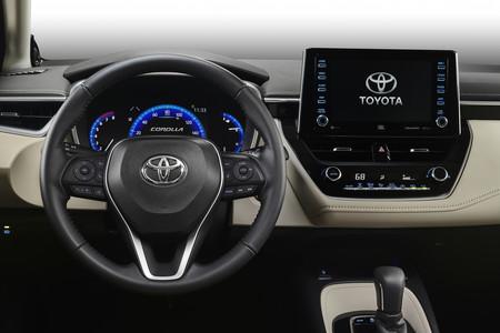 Corolla Interior 02 1f41e0800b23c2f1288d4fda11fa696a2df1483e