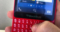 BlackBerry R10, esta vez en rojo