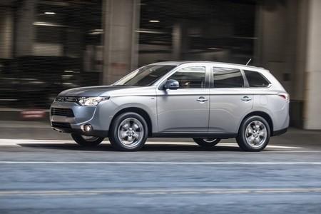 Mitsubishi Outlander Phev Holanda 2015
