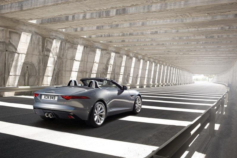 Foto de Jaguar F-Type (18/19)