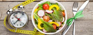 El ayuno intermitente no ofrecería más beneficios que dietas tradicionales hipocalóricas al momento de perder peso, según un reciente estudio