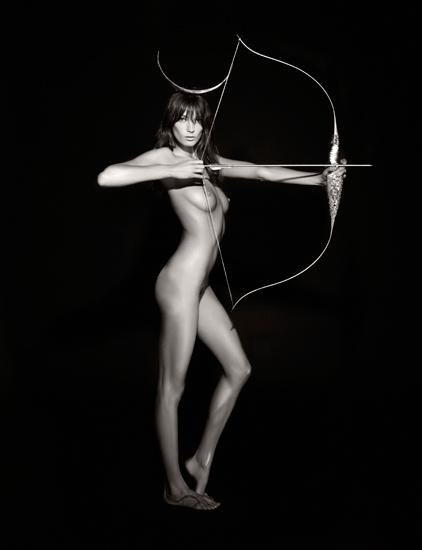 Foto de Calendario Pirelli 2011 by Karl Lagerfled, todas las imágenes (4/7)