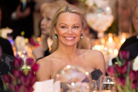 Más maquillaje no es sinónimo de estar más guapa y Pamela Anderson es la prueba de ello