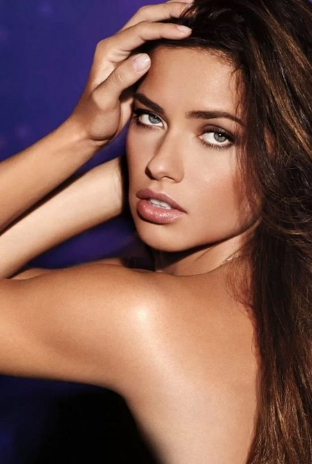 Adriana-Lima-for-Victorias-Secret-Night-Fragrance-Campaign