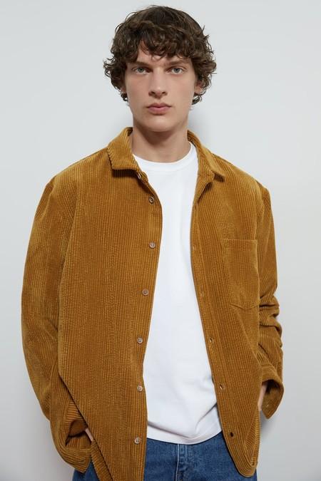 La Pana Y Los Tonos Naranja Son Tendencia En Estas Piezas Para Otono Gracias A Zara