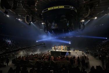 No solo moda, Kanye West realiza un 3 en 1: el mayor desfile de moda jamás realizado, la presentación de su nuevo álbum y la de un vídeo-juego