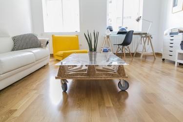 Pétula Plas, artesanía y diseño en muebles con mucha personalidad