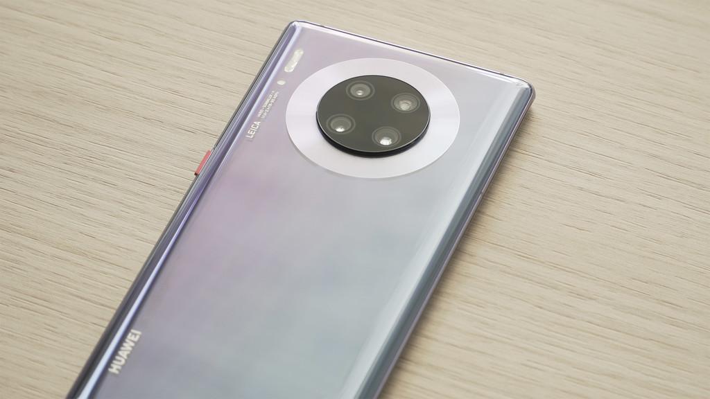 Probando el Mate 30 Pro entendemos por qué Huawei dice que es su gran reto: sin apps ni Google Play hay que saber de Android para que funcione