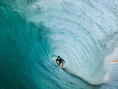 En el aniversario del nacimiento de Duke Kahanamoku repasamos la historia del surf