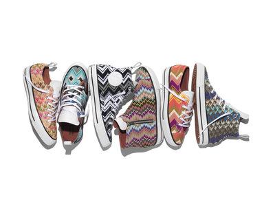 Las zapatillas Converse se vuelven 'pijas' con Missoni