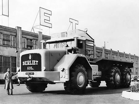 Berliet T100 600