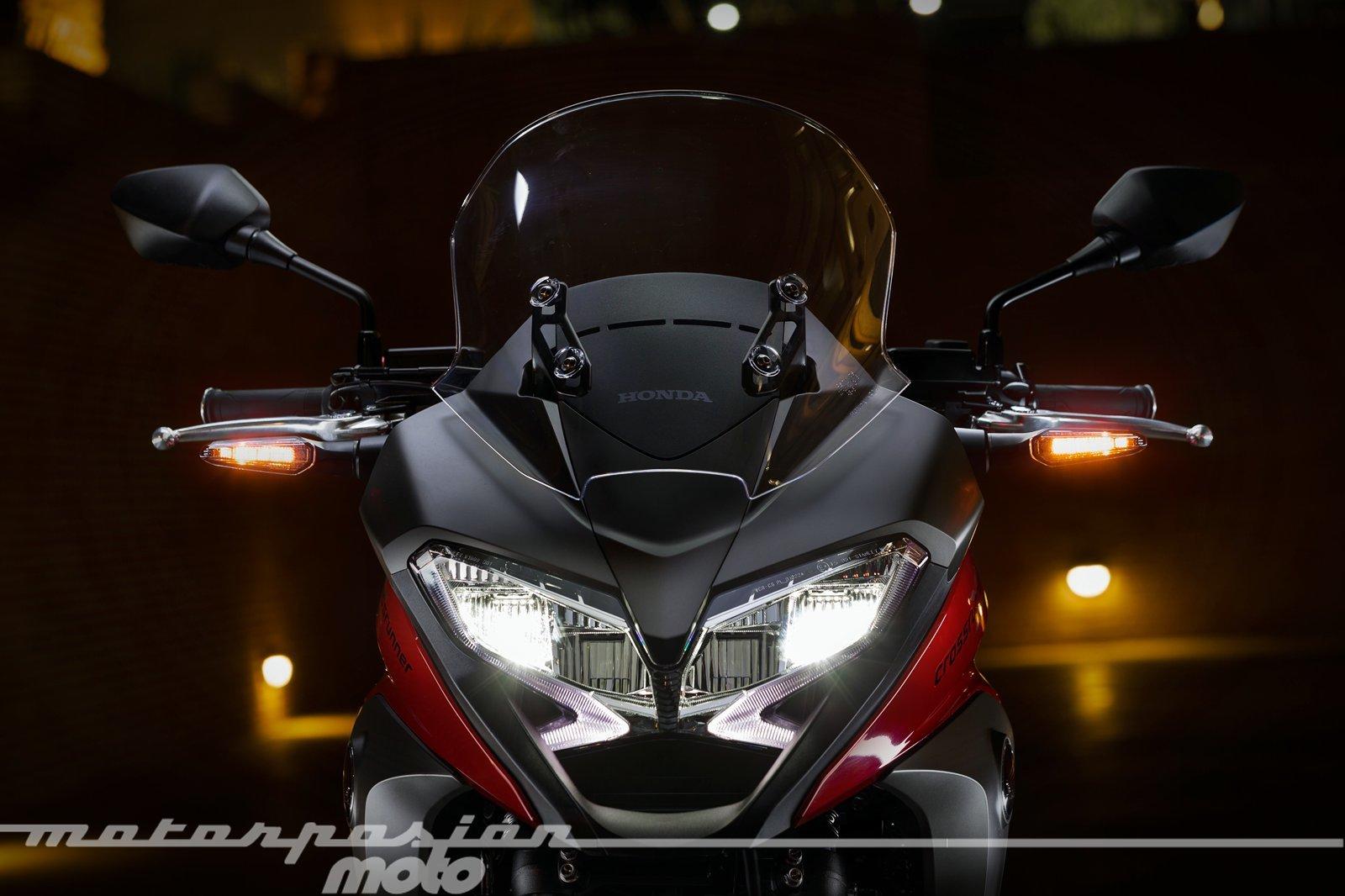 Foto de Honda VFR800X Crossrunner - Detalles (25/56)