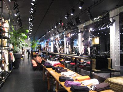Mango inaugura su primera tienda en Nueva York