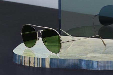 Acne Studios presenta su primera línea de lentes solares