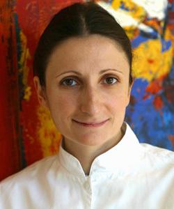 Cocineros franceses eligen a una mujer como chef del año 2007