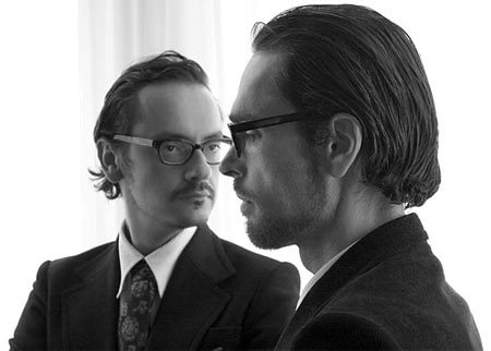 Viktor & Rolf exhiben sus modelos en el Barbican
