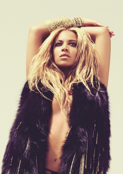 ¡Albricias! ¡Beyoncé le da uso a su cuenta de Twitter por fin!