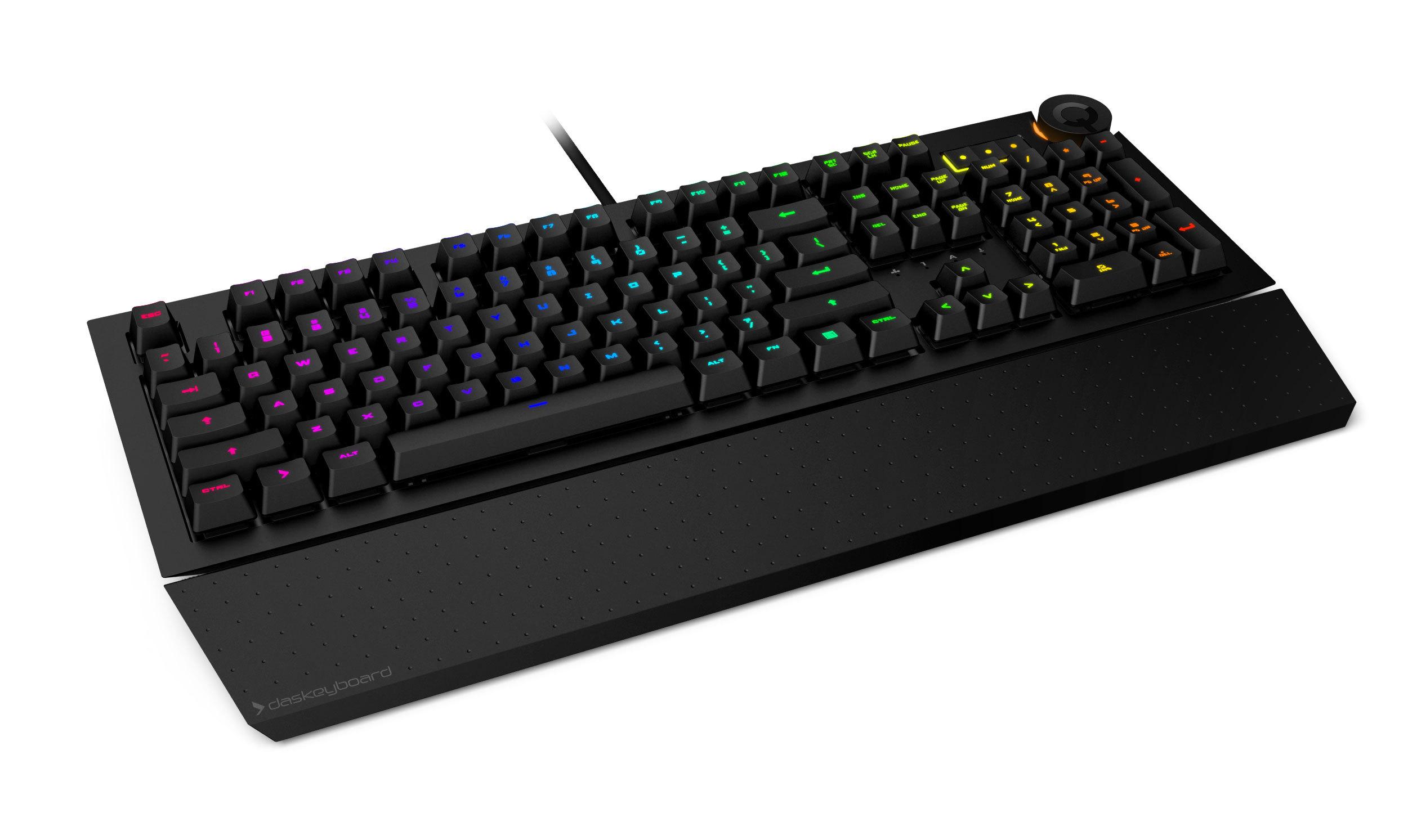 Así es el nuevo teclado de Das Keyboard: programable y colorido, te pone las notificaciones en las teclas